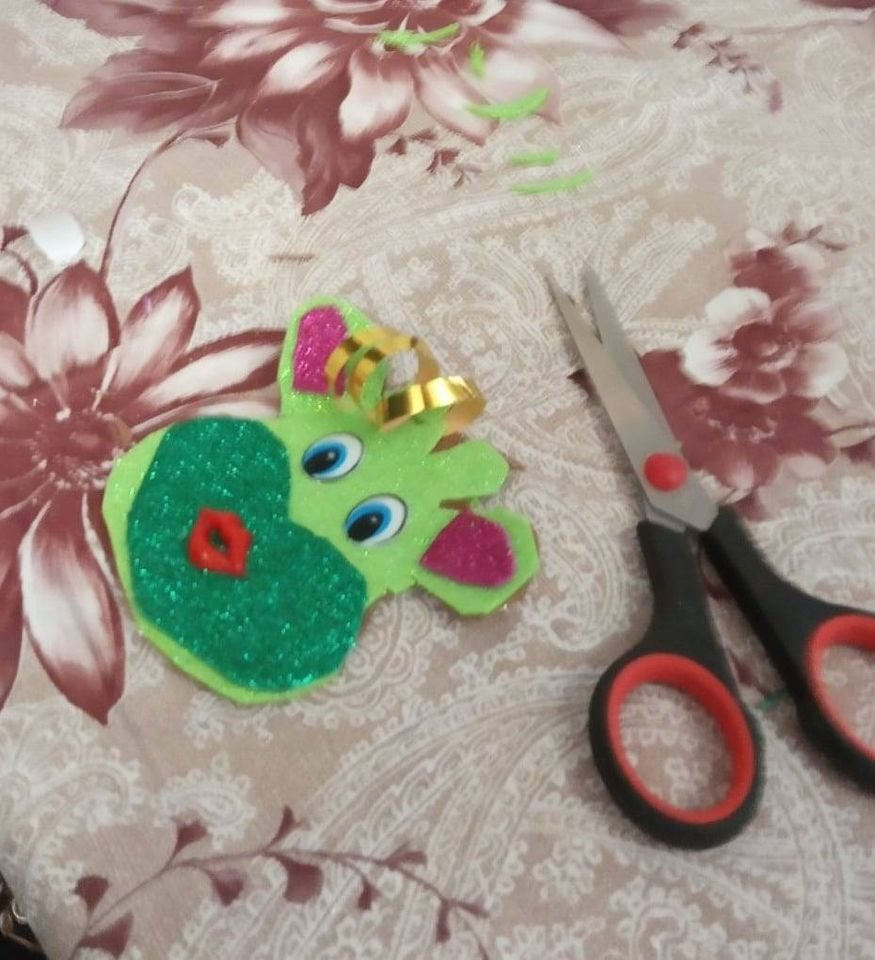 У Конотопі відбувся майстер-клас з виготовлення новорічної іграшки, фото-1