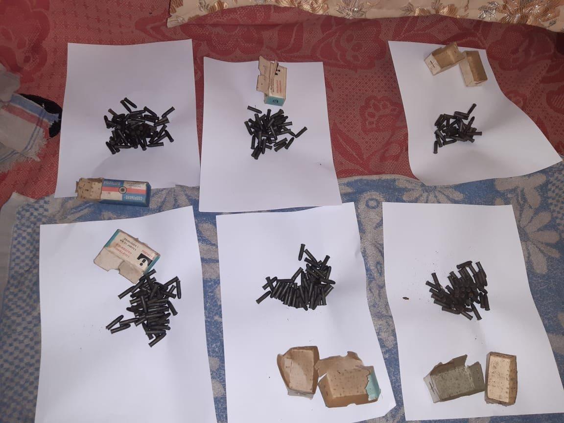 Староста села на Конотопщині тероризував односільчан вогнепальною зброєю?, фото-1