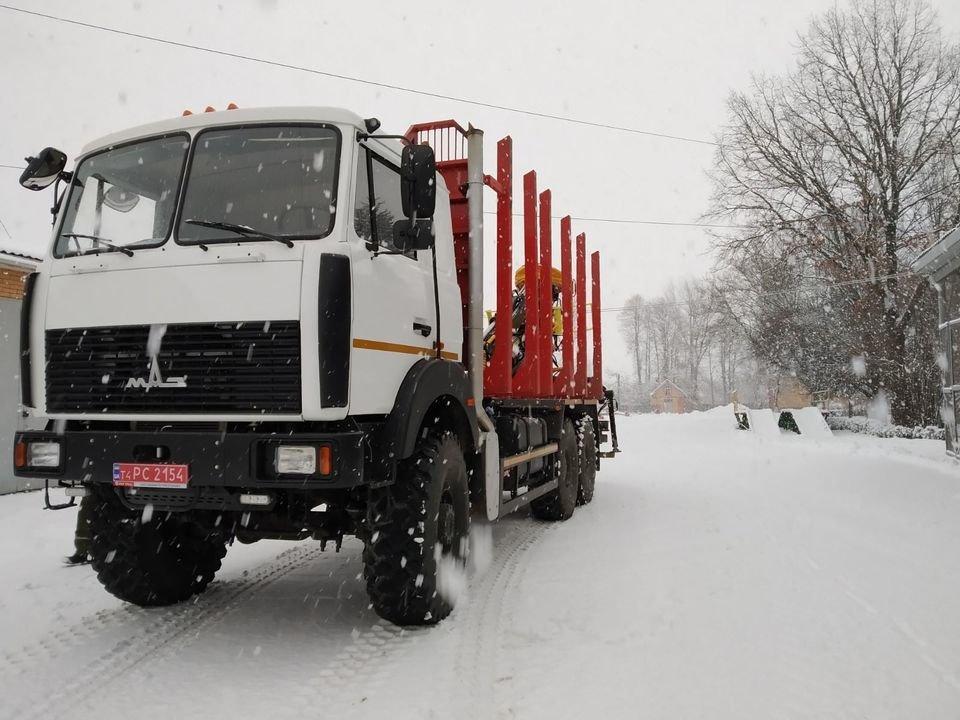 Для Конотопського лісгоспу освятили нову вантажівку, фото-1