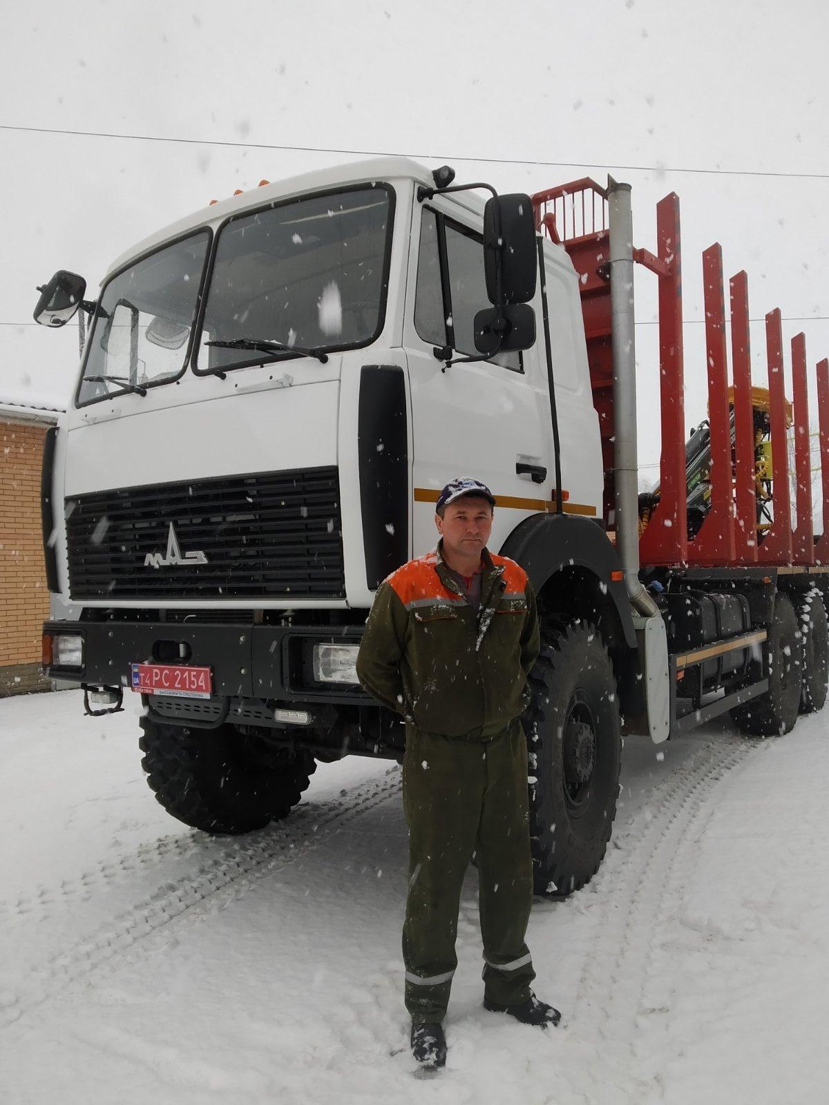 Для Конотопського лісгоспу освятили нову вантажівку, фото-2