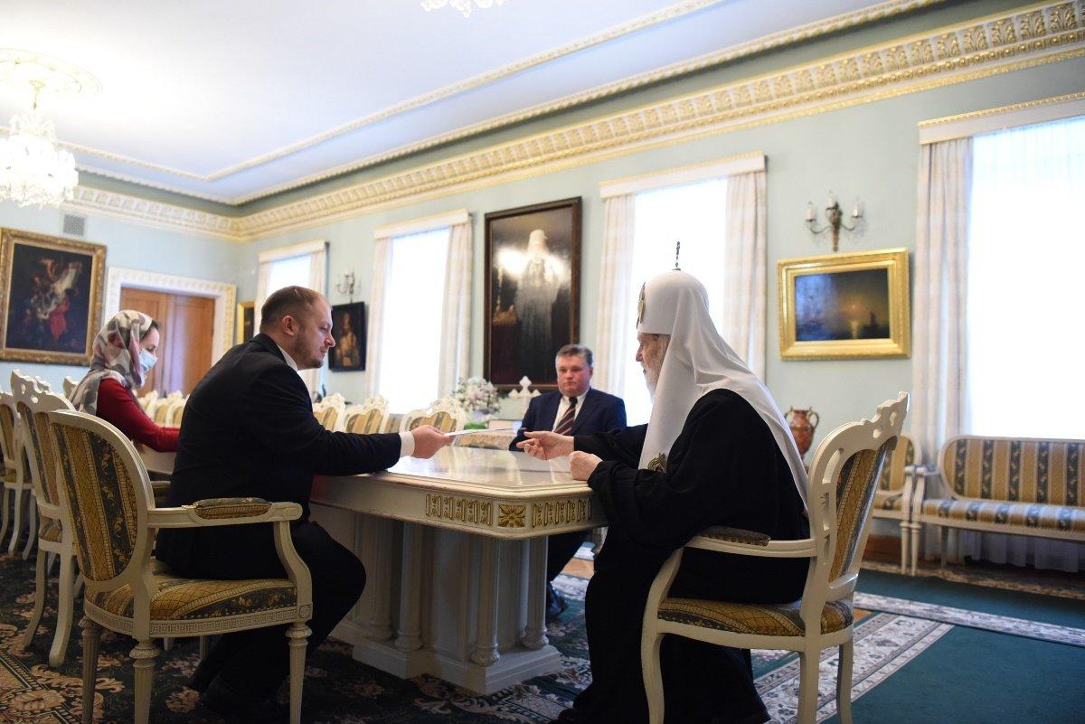 Патріарх Філарет відзначив церковною нагородою новообраного міського голову Конотопа, фото-2