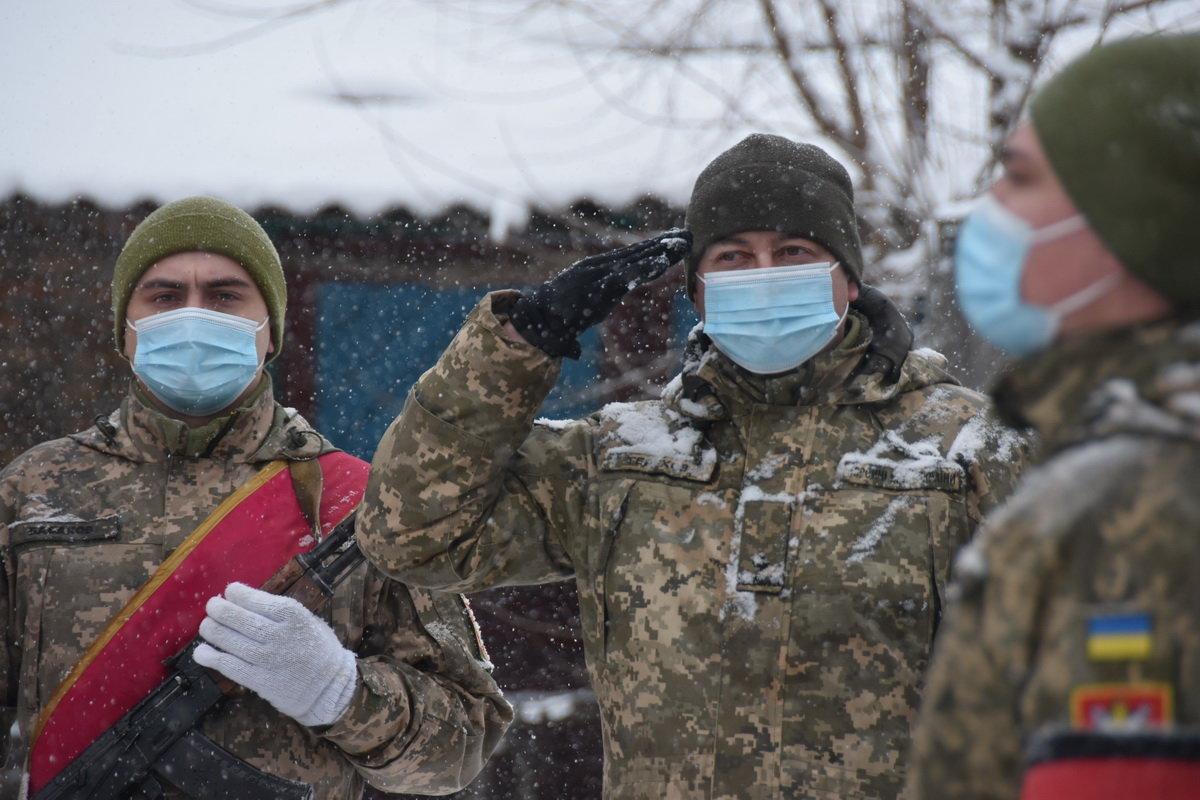 На Сумщині попрощалися з військовослужбовцем 58 ОМПБр ім. гетьмана І. Виговського , фото-3