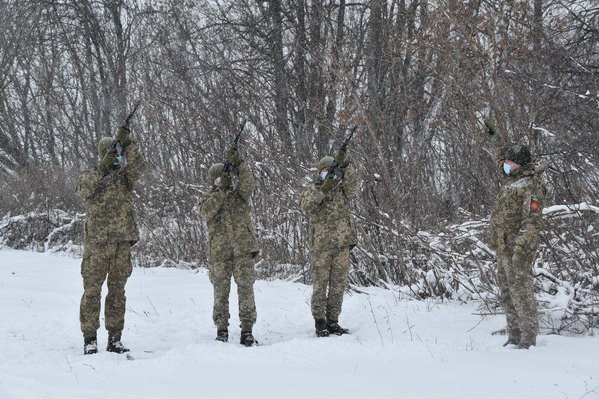 На Сумщині попрощалися з військовослужбовцем 58 ОМПБр ім. гетьмана І. Виговського , фото-6