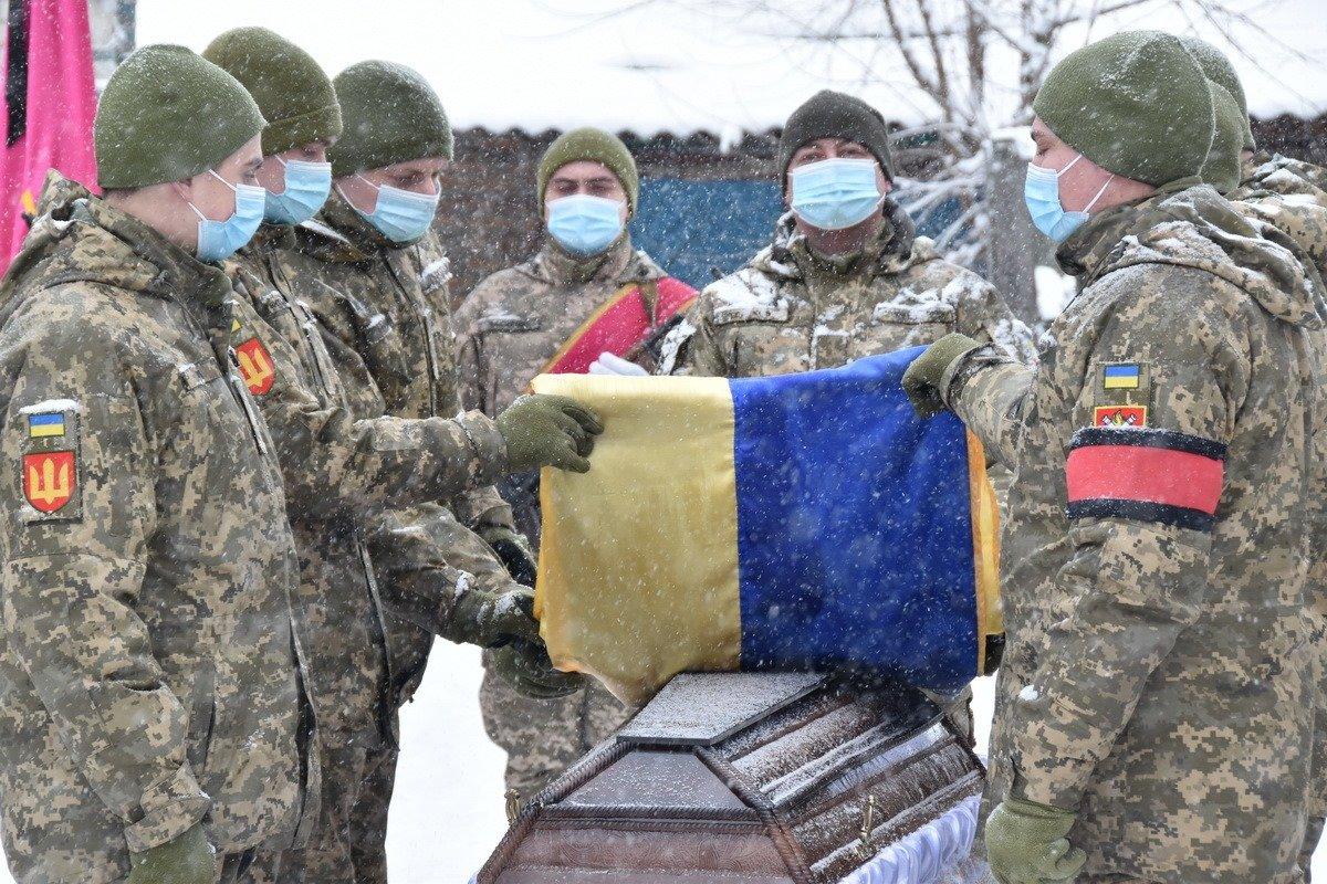 На Сумщині попрощалися з військовослужбовцем 58 ОМПБр ім. гетьмана І. Виговського , фото-10